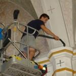 Czyszczenie kościoła